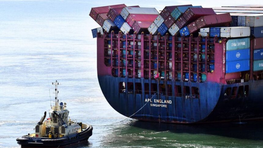 Lost Containers at sea: 10 years of statistics